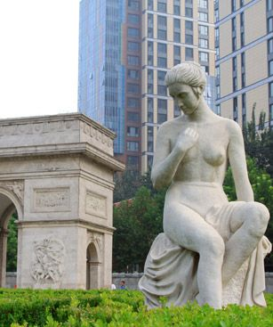 Shijiazhuang Lady Nude Stone Sculpture Stone Door Parkl