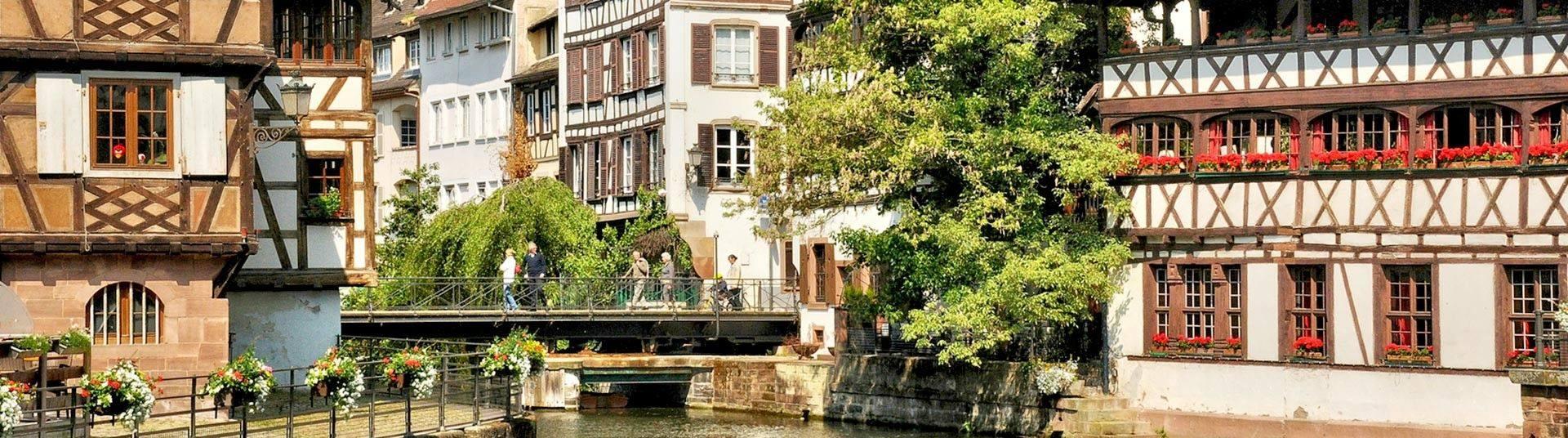 vols pas chers vers l 39 alsace de mulhouse strasbourg. Black Bedroom Furniture Sets. Home Design Ideas