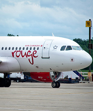 'Air Canada Rouge